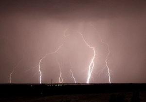 В Индии около 30 человек стали жертвами ударов молний