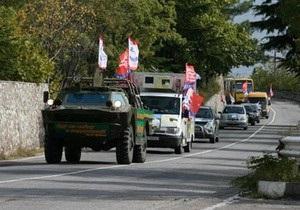 Кандидат в мэры Ялты провел автопробег с участием бронетехники