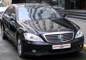 В УПЦ МП назвали душевнобольным журналиста, написавшего об автомобиле митрополита