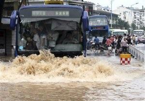 В Китае из-за проливных дождей погибли 132 человека