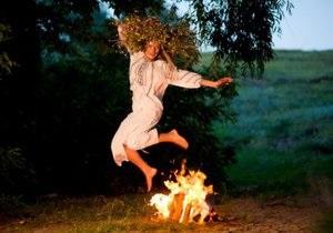 новости Ивано-Франковской области - Коломыя - Ивана Купала - В Ивано-Франковской области ребенок упал, прыгая через костер на Ивана Купала