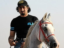 Сын бин Ладена намерен стать послом мира