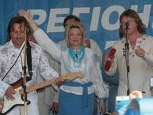 Янукович: Хорошо, что Богатырева хочет остаться в ПР
