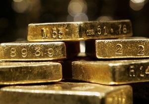 Мировые цены на золото значительно выросли