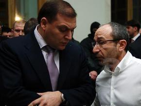 Суд запретил участникам процесса по делу о покушении на Добкина и Кернеса давать комментарии