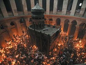 Израильские власти заморозили счета храма гроба Господня. Одной из главных христианских святынь грозит закрытие