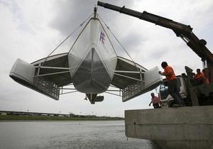 На Тайване создали корабль из мусора