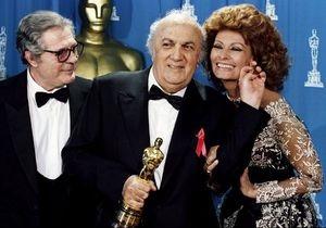 Мир отмечает 90-летие Федерико Феллини