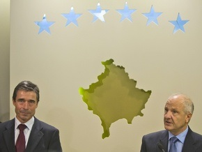 Генсек НАТО прибыл в Косово