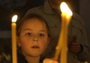 В Киево-Печерской лавре проходят молебны дарования дождя