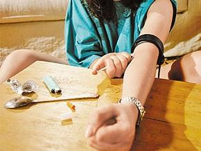 Полмиллиона украинцев употребляют наркотики - HealthRight International