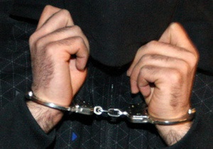 В Киеве на Оболони поймали карманника