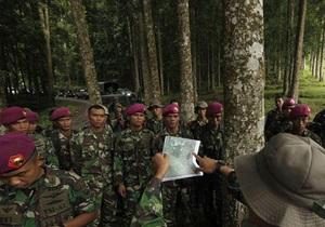 Индонезийский спецназ нашел двигатель и шасси SSJ-100