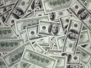 Курс продажи наличного доллара - 8,35-8,4 гривны за доллар
