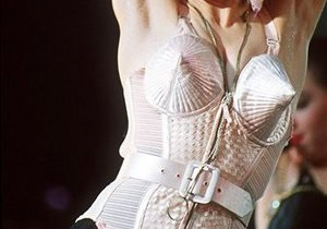Новости моды: В Лондоне покажут конический лифчик Мадонны