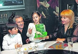 СМИ: Черновецкий и Айвазова разводятся из-за любовницы