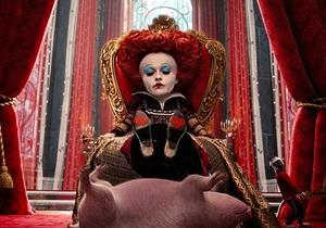 Алиса в Стране чудес заработала в прокате $1 млрд