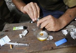 Опрос: Наркотики пробовали более 40% студентов Москвы