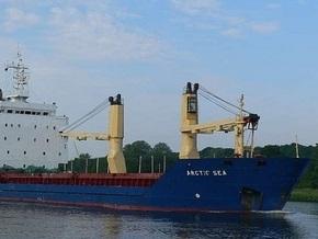 Источник: Российский военный корабль преследует сухогруз Arctic Sea, пропавший несколько недель назад