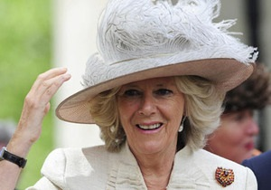 Супруга принца Уэльского Камилла сломала ногу