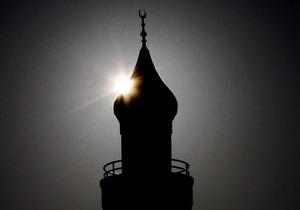 В Германии возле мечети противники Башара Асада избили журналистов