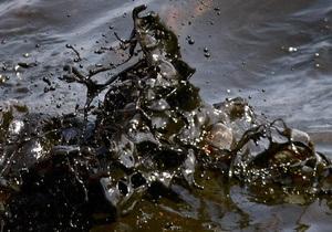 В Ивано-Франковской области из-за разгерметизации нефтепровода загрязнилась река