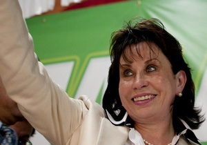 Жена президента Гватемалы намерена баллотироваться на высший пост, несмотря на законодательный запрет