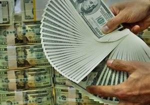 Украина наращивает резервы второй месяц кряду после сложного для валютного рынка года