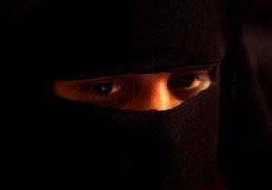 Amnesty International раскритиковала Бельгию за запрет на ношение паранджи