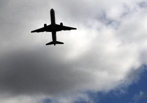 В Германии на борту летевшего в Турцию самолета произошло возгорание, пострадали 11 человек