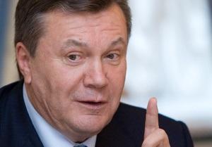 Янукович заказал у участника выставки детского творчества радиоуправляемый самолет для внука
