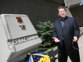 Мэр Севастополя объявил о введении в городе чрезвычайного положения