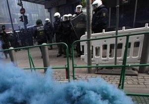 Во Франкфурте произошли столкновения антикапиталистов с полицией
