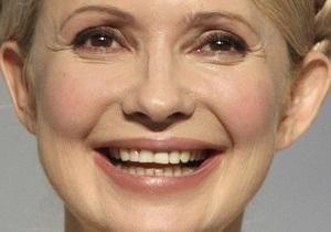 Опрос: Более 40% украинцев считают Тимошенко главным оппонентом власти