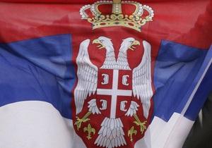 Янукович отправляется с двухдневным визитом в Сербию