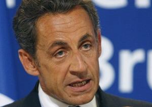 Саркози приветствует решение Мубарака покинуть президентский пост