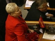 В Раде разгорается скандал: КПУ и ПР объединились во имя церкви