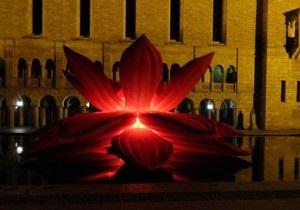 В центре Киева установят десятиметровую скульптуру лотоса