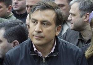 Саакашвили: Мы не можем иметь слабого президента