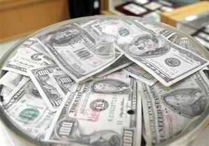 НБУ вернулся к отрицательному сальдо интервенций на межбанке с показателем -$1,5 млрд