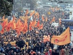 Суд запретил отмечать на Майдане годовщину Помаранчевой революции