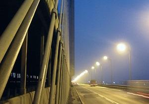 Киевавтодор ликвидировал ямы на Московском и Южном мостах