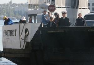 Украинские власти препятствуют перевозке грузов ЧФ РФ - представитель флота