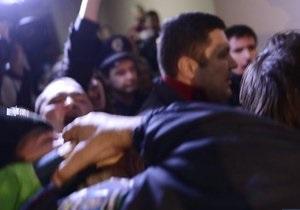 В округе на Троещине произошло столкновение между свободовцами и милицией