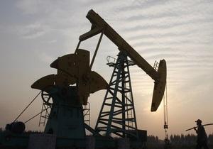 Мировые цены на нефть снижаются в ожидании решения ОПЕК