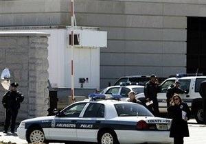 Неизвестный открыл стрельбу на заводе в Сент-Луисе: три человека получили ранения