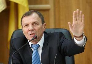 Мэр Ужгорода не позволил зарегистрировать группу по проведению референдума о недоверии Януковичу