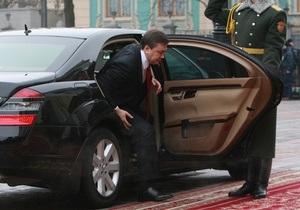 Охрана Януковича удалила снимки из фотоаппарата донецкого корреспондента