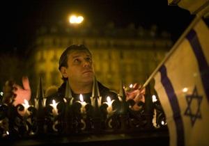 Фотогалерея: Франция в трауре. Репортаж о резонансном убийстве в Тулузе