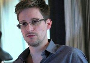 Отец Сноудена сравнил сына с героем Войны за независимость США